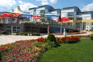 Property in Bulgaria near Black sea - apartments in Sunny Beach for sale